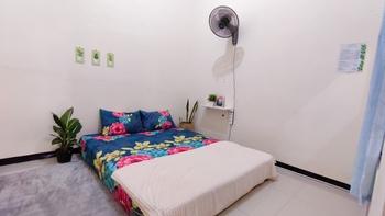 Surabaya Homey near ITS [Syariah] Surabaya - Double Room Fan Regular Plan