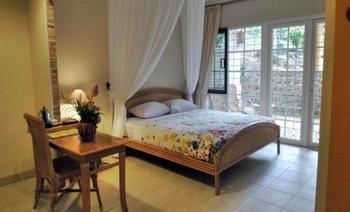 Hotel Deli River  Medan - Honeymoon Suite Regular Plan