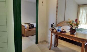 Hotel Deli River  Medan - Family Room Regular Plan