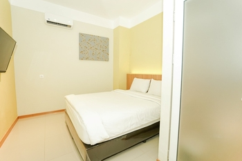 Deli Hotel Medan - Economy Queen Bed Regular Plan