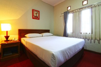 Citere Resort Hotel Bandung - Deluxe Double Room Basic Deal 42%