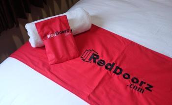 RedDoorz Plus @ Thamrin