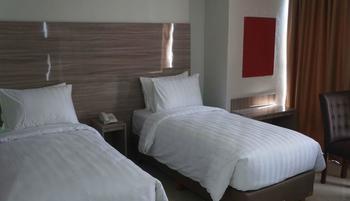 Win Grand Hotel Bekasi - Deluxe Room Only Regular Plan