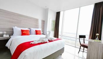 Win Grand Hotel Bekasi - Superior Room Queen Bed Room Only Regular Plan