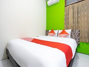 OYO 2454 Wanawiyata Homestay Yogyakarta - Standard Double Room Regular Plan