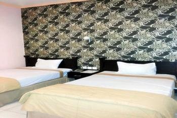 Grand Star Hotel Parepare - Deluxe Family - Free Cuci Mobil Regular Plan