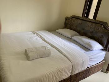 Jatiwinangun Homestay Banyumas - Standard Room KETUPAT