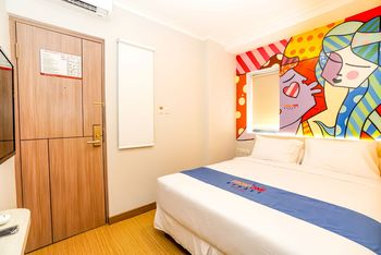 Front One Budget Hotel Bekasi Bekasi - Deluxe - Room Only Regular Plan