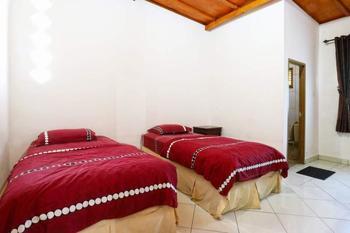 Aquarius Orange Resort Bogor - Superior Bungalows Minimum 2 malam