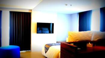 Crown Prince Hotel Surabaya - Alexandrite Room Regular Plan