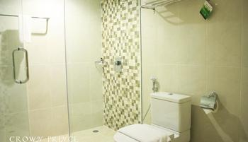 Crown Prince Hotel Surabaya - Comfy Basic Deal
