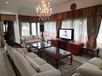 Hotel Sinergi Tretes Pasuruan - Villa Mutiara Room Only Last Minutes Deal