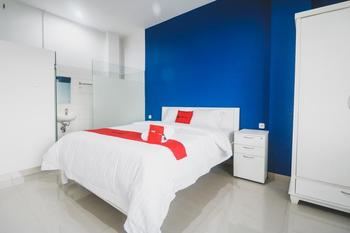 RedDoorz @ Kawasan Industri Jababeka Bekasi - RedDoorz Room Regular Plan