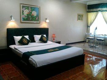 Hotel Susana Baru Tegal - Suite Room Regular Plan