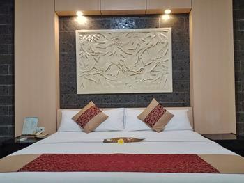 Nugraha Lovina Seaview Resort and Spa Bali - Balcony Seaview Room 24 hours
