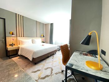 Anara Airport Hotel Terminal 3 Tangerang - Deluxe King Room Breakfast Regular Plan