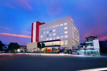 Grand Zuri Hotel Padang