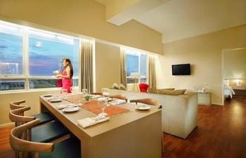 Grand Zuri Padang - Presidential Suite Worry Free