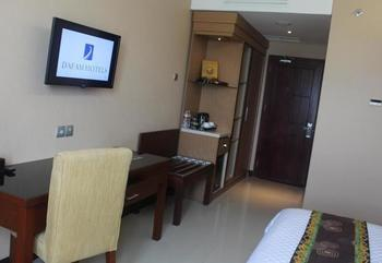 Q Grand Dafam Syariah Banjarbaru - Executive Room with Twin Beds Regular Plan