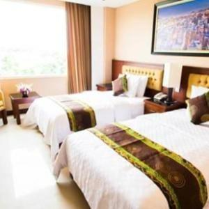 Q Grand Dafam Syariah Banjarbaru - Deluxe Room Only with Twin Bed  Regular Plan