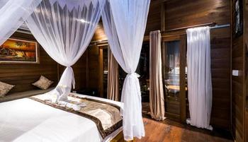 Radiance Sunset Villas Lembongan Bali - Family Room Regular Plan
