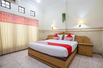 OYO 763 Bromo View Hotel Probolinggo - Suite Family Regular Plan