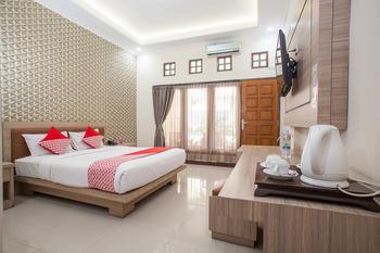 OYO 763 Bromo View Hotel Probolinggo - Suite Double Regular Plan