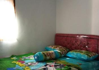 Agung Safira Homestay Probolinggo - Standard Room Regular Plan