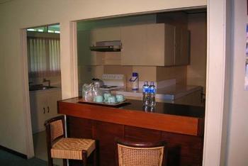 Hotel Equator Surabaya - Executive Bungalow Regular Plan