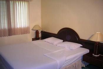Hotel Equator Surabaya - Executive Regular Plan