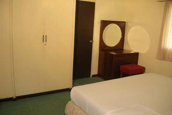 Hotel Equator Surabaya - Family Bungalow Regular Plan