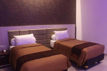 Tlogomas Guest House Malang - Standard Twin Room Only Regular Plan
