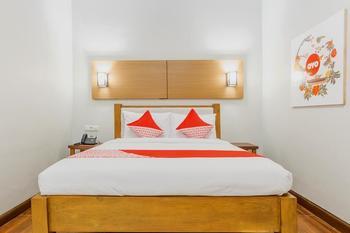 OYO 411 Homestay Tentrem Ayem Yogyakarta - Deluxe Double Room Regular Plan