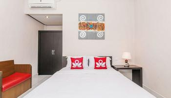 ZenRooms Gang Bendesa Bali - Double Room Non Refundable Regular Plan