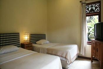 Lokasari Bungalow Bali - Standard Room Regular Plan
