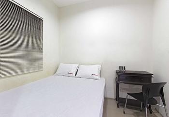 RedDoorz @Jempang Benhil - RedDoorz Room Special Promo Gajian!