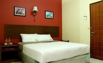 RedDoorz @Palasari Bandung - RedDoorz Room Special Promo Gajian