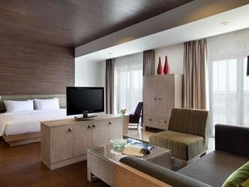 Santika Siligita Bali - Santika Suite Room King Regular Plan