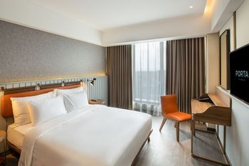 PORTA by The Ambarrukmo Yogyakarta - Deluxe Double Room Only Regular Plan