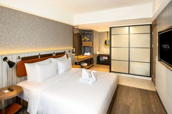 PORTA by The Ambarrukmo Yogyakarta - Suite Room Breakfast Regular Plan