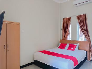 RedDoorz @ Pelangi Guest House Balikpapan - RedDoorz Room AP 3