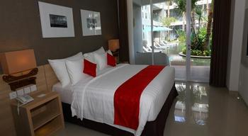 Ramada Encore Bali Seminyak - Deluxe Pool View Room Only Limited Time Deal