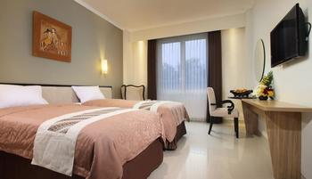 Sakanti City Hotel Yogyakarta - Deluxe Room Regular Plan