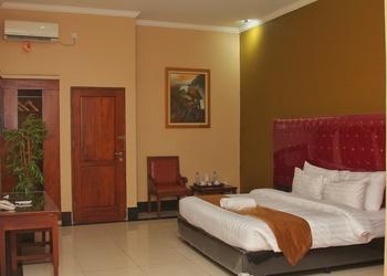 Rizen Padjadjaran Bogor Bogor - Deluxe Double Room Only Regular Plan