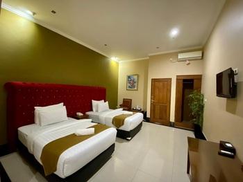 Rizen Padjadjaran Bogor Bogor - Deluxe Twin Room Only Regular Plan