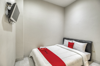 RedDoorz near Affandi Gejayan 2 Yogyakarta - RedDoorz Room Regular Plan