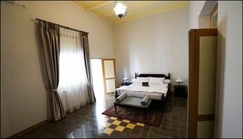 Colonial House Cirebon - Deluxe Room Breakfast Regular Plan