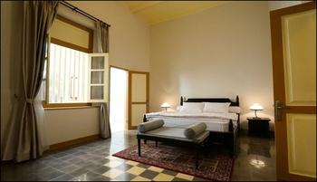 Colonial House Cirebon - Suite Room Breakfast Regular Plan