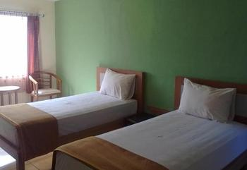 Hotel Wisata Palu Palu - Superior Room Regular Plan