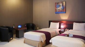 Hotel Orchardz Pontianak - Superior Room Twin Regular Plan